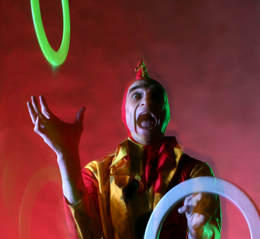 jester juggling hoops