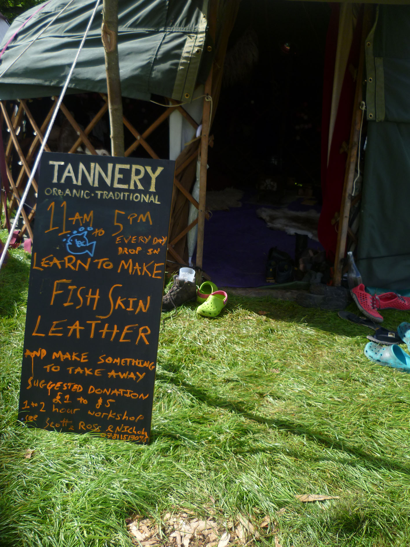 Mobile tannery workshop sign